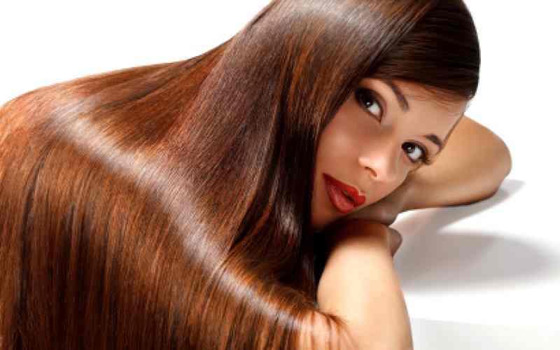 Proteinowe maski do włosów, proteinowa maseczka, maseczka do włosów, lśniące włosy, zdrowe włosy, domowa pielęgnacja, naturlane kosmetyki, zdrowe kosmetyki