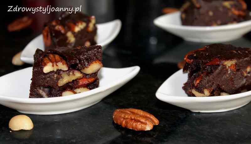 przepis na baton czekoladowy, fit baton, pasta tahini, zdrowe słodycze, dietetyczne słodycze, , baron z orzechami, pasta tahini, orzechy, zdrowy baton, zdrowy styl joanny, zdrowe słodycze, przepisy na fit słodycze, smaczny baton
