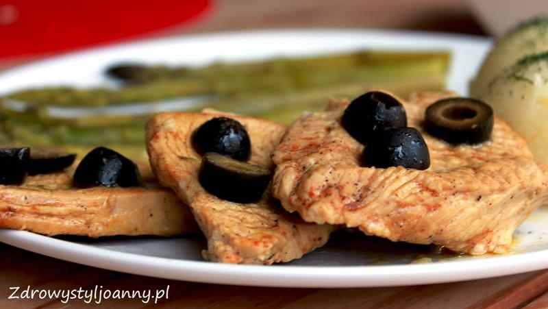 sznycle drobiowe z oliwkami , oliwki, drób, kotlety drobiowe, sos, fit obiad, dietetyczny obiad, zdrowy styl joanny
